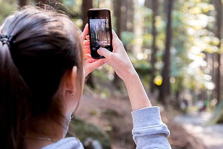 blur-cellphone-close-up-device-thumb.jpg